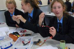 Year 9 students have fun with electronics in University of Birmingham workshop